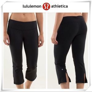 Lululemon Black Slit Capri Leggings! 🔥